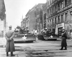 US Tanks at Checkpoint Charlie