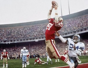 """Dwight Clark makes """"The Catch"""" in the 1982 playoffs"""