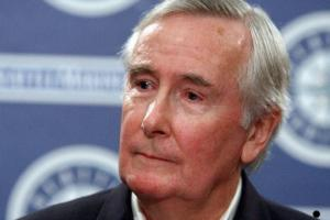Mariners CEO Howard Lincoln