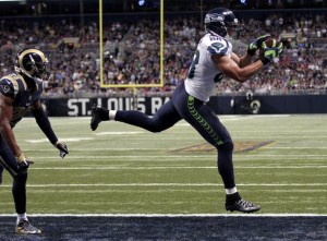 Jimmy Graham catches first TD pass as a Seahawk